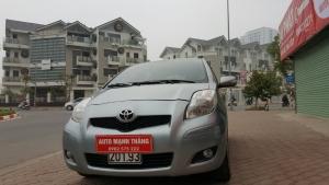 Cần bán gấp Toyota Yaris 1.5 2011, màu xám, xe nhập, giá 500tr