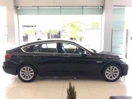 Cần bán BMW 5 Series 528i GT 2017, màu đen, xe nhập, BMW chính hãng, giá tốt nhất, giao xe ngay