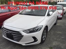 Cần bán xe Hyundai Elantra 2017, màu trắng, giá tốt chỉ 575tr. Liên hệ TV.PKD: **0905.976.950**