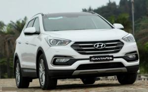 Cần bán xe Hyundai Santa Fe đời 2017, màu trắng
