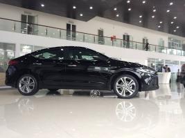 Hyundai Elantra 2017 khuyến mại cực lớn lên đến 70tr liên hệ 0966344586