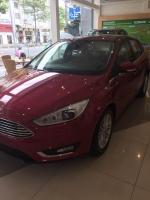 Ford Focus Titanium 2017, màu đen, giá 755tr- 0938 055 993