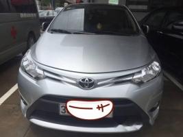 Chính chủ bán Toyota Vios E 2015, màu bạc, giá tốt
