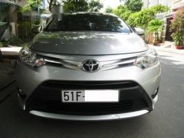 Bán Toyota Vios đời 2015, màu bạc