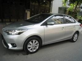 Bán xe Toyota Vios năm 2015, màu bạc ít sử dụng