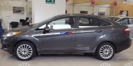 Ford Fiesta 2016 giá 560 triệu