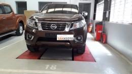Nissan Navara 2016 giá 649 triệu