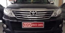 Toyota Fortuner 2.7 V 2013 màu đen