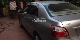 Cần bán Toyota VIOS E màu bạc, sx cuối 2011