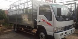 . Đại lý bán xe tải JAC 2 tấn 4/ 2400kg/ 2.4 tấn/ 2T4 thùng bạt dài 3M4