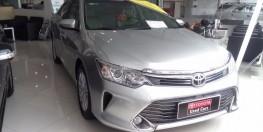 Camry 2.5G 2015 màu bạc