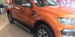 Ford Ranger Wildtrak 3.2 giá ưu đã cuối năm, hỗ trợ trước bạ 100%, có xe giao ngay