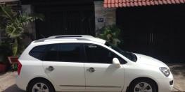 Cần bán xe Kia Carens 2016 số sàn màu trắng cực đẹp