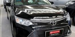 Bán xe Camry 2.0E sản xuất 2015 màu đen
