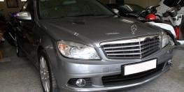 Cần bán Mercedes C200 giá rẻ