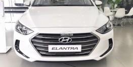 Hyundai Elantra 2018 số sàn giá khuyễn mãi cùng quà tặng hấp dẫn, hỗ trợ vay trả góp ls ưu đãi