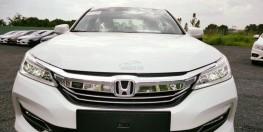 HONDA ACCORD , MÀU TRẮNG, giao ngay quý 4/2018 , hỗ trợ trả góp 80% giá trị xe , hồ sơ nhanh gọn lẹ .