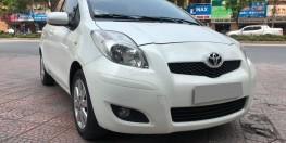 Bán Toyota Yaris 2009 at 1.3 nhập Nhật màu trắng trẻ trung