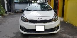 Cần bán xe Kia Rio 2016 số tự động màu trắng