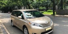 Cần bán xe Toyota Sienna LE 2011 màu vàng cát nhập khẩu Mỹ
