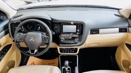 OUTLANDER 2.4 CVT Premium đẳng cấp - Màu đẹp - Giao xe nhanh
