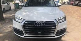 Audi Q5 2017 trắng mới keng, đi 10.000km giá 2 tỷ.