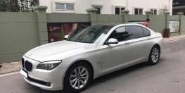 Cần bán xe BMW 750Li 2010 màu trắng nhập Đức