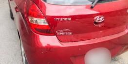 Xe i20 màu đỏ nhập khẩu