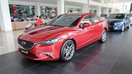 Bán xe Mazda 6 2018, thanh toán trước 275 triệu - Có nhiều màu xe giao ngay