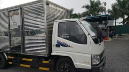 Hyundai IZ49 tải 2,5 tấn thùng kín.Hàng có sẵn giao xe giao ngay.