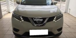 Cần bán xe Nissan X-Trail sx 2017 đk 2018 số tự động trùm mền