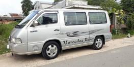 Cần bán xe Mercedes MB100 loại 9 chổ ngồi đời 2004 màu bạc