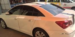Cần bán xe Chevrolet Cruze Ltz 2015 tự động màu trắng phom mới
