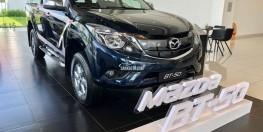 Mazda bán tải BT-50, tặng ngay bảo hiểm vật chất cùng nhiều khuyến mãi hấp dẫn
