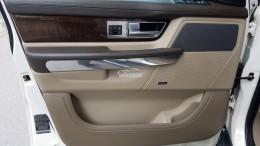 Cần bán xe LandRover Range Rover Sport 2010 màu trắng nhập Anh bản 5.0L Full Option