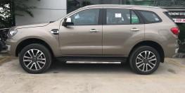 Ford Everest 2.0 Titanium mới 100% nhập khẩu Thái Lan
