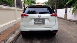 bán xe Nissan X-Trail 2017 đk 2018 số tự động màu trắng bản full
