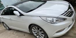 Hyundai Sonata 2.0AT nhập khẩu nguyên chiếc từ Hàn Quốc