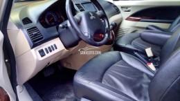 Bán Mitsubishi Grandis 2009 tự động mắt xanh mũi vàng xe còn rất đẹp