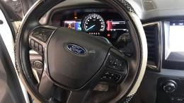 Cần bán xe Ford Everest 2.2 Titanium AT 2016, giá còn TL , có hỗ trợ trả góp