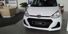 Hyundai Grand I10 hatchback 1.2 MT Base màu bạc, 330 triệu, hỗ trở trả góp, duyệt hồ sơ nhanh, hỗ trợ đăng ký Taxi, Grab