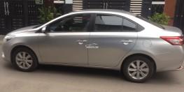 Cần bán Vios 2015 số sàn màu bạc xe mình đi rất kỹ.