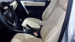 BÁN XE TOYOTA Corolla Altis - giá Bất Ngờ - Nhiều Ưu Đãi