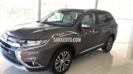 Cần bán Mitsubishi outlander 2.0 STD chính hãng mới 100%