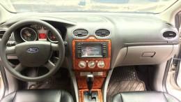 Ford focus 2010 số tự động màu xám 5 cửa