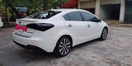 cần bán kia K3, sx 2015, màu trắng AT, Động cơ 2.0, odo 43.000km