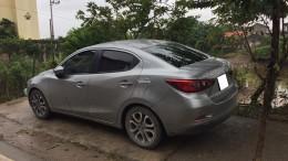 Mazda2, sản xuất 2016, số tự động màu bạc xám, xe nguyên zin