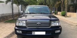Xe Toyota Land Cruiser 2005 màu xanh đen
