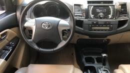 Xe Toyota Fortuner, số Auto, Đời 2016