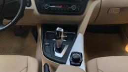 cần bán BMW 320i model 2015